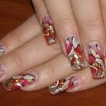 """Красный дизайн ногтей """"Арт-Хаус"""""""