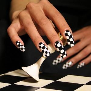 как правильно делать коррекцию акриловых ногтей