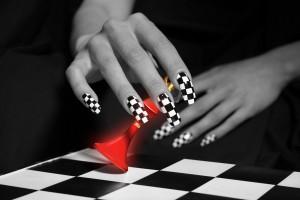 черный цвет в дизайне ногтей
