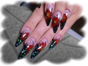 Черный дизайн ногтей цветными гелями