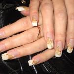 Свадебный френч с золотом - роскошь для Ваших ногтей