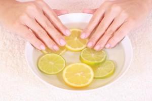 Укрепляющие ванночки для ногтей с лимоном