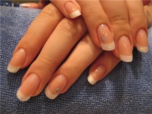 Здоровые и красивые ногти без онихолизиса