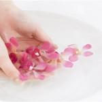 Мыльно - содовая ванночка поможет вам избавиться от мозолей