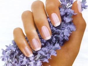 Красота натуральных коротких ногтей