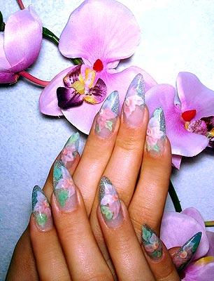 Цветочные мотивы росписи ногтей