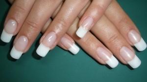Народные средства для лечения ногтей