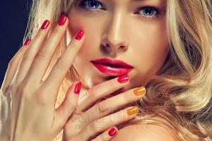 Активация энергий на среднем и безымянном пальце поможет добиться успеха